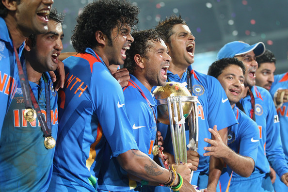 Sreesanth With Sachin & other players with the World Cup