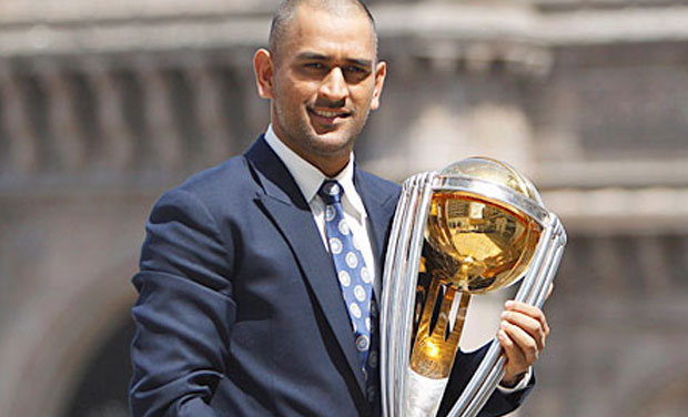 MS Dhoni with the World Cup